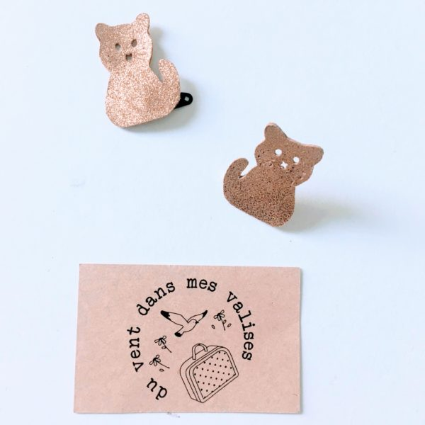 broches chat dorée
