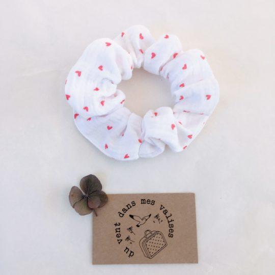 Chouchou chic - fait-main en gaze de coton, motifs printaniers fleurs et coeurs
