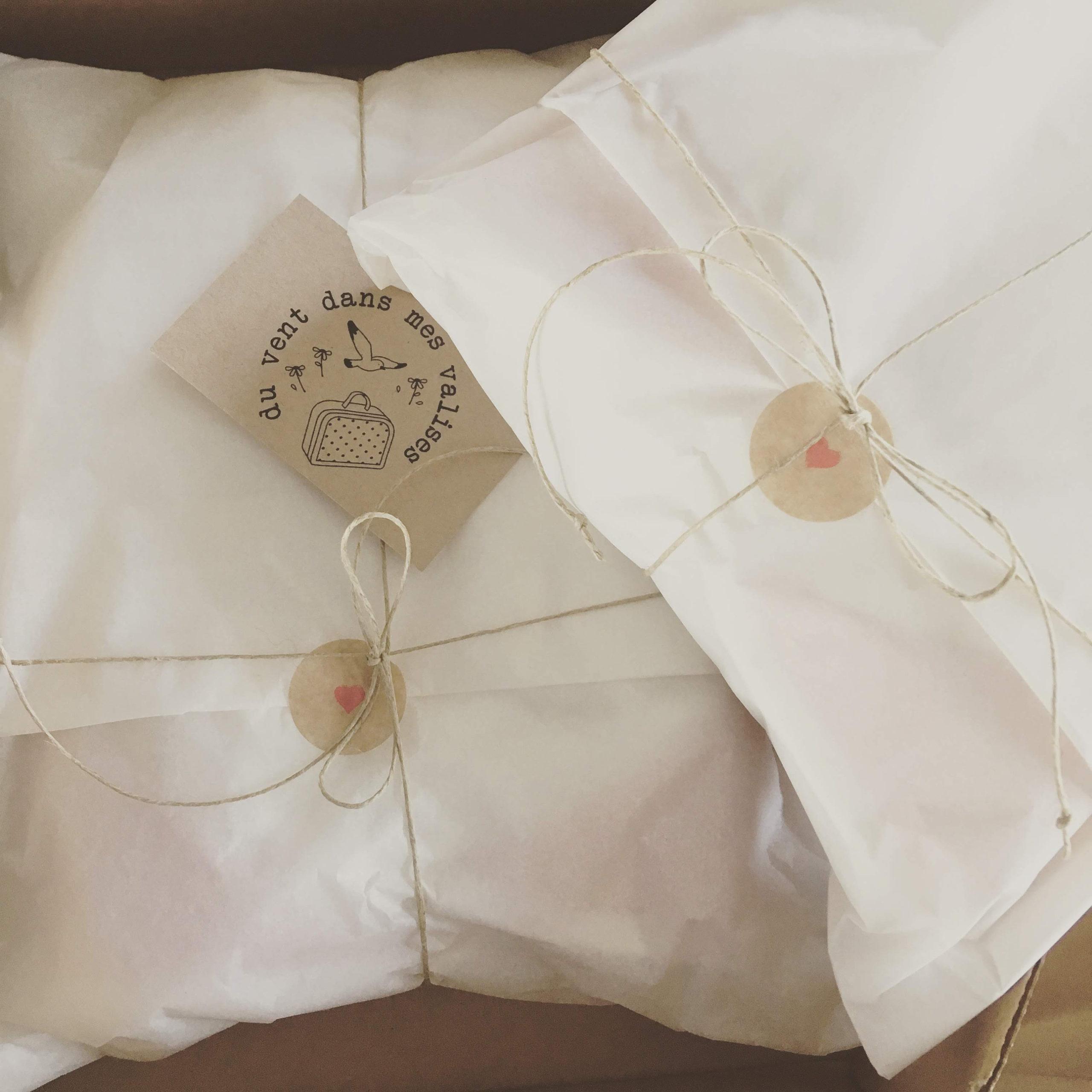 Cape de bain ... de mer ou d'eau douce pour bébé chou - à oreilles, en éponge naturelle et coton motifs baleines