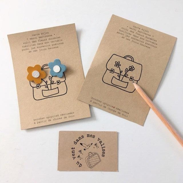 du vent dans mes valises - carte bijou postale merci maîtresse avec broche en cuir made in France