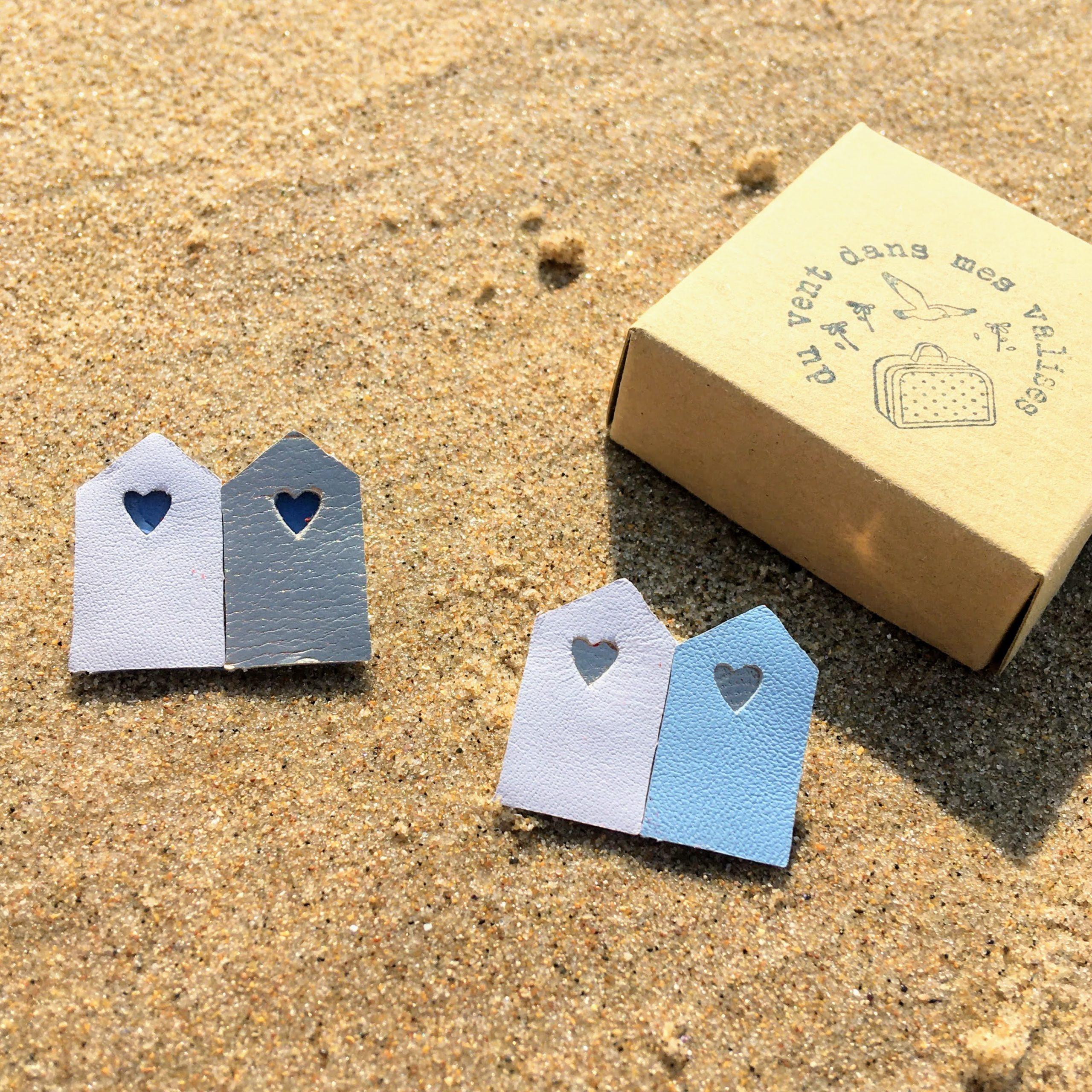 broche en cuir poétique les cabines de plage - du vent dans mes valises 3