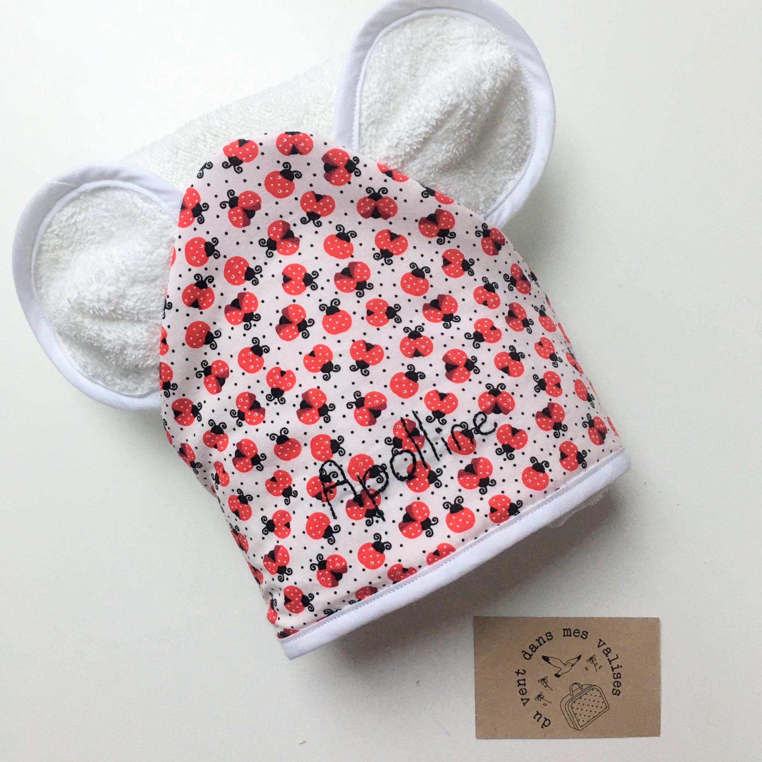 du vent dans mes valises - cape de bain à oreilles bébé motifs coccinelles made in France