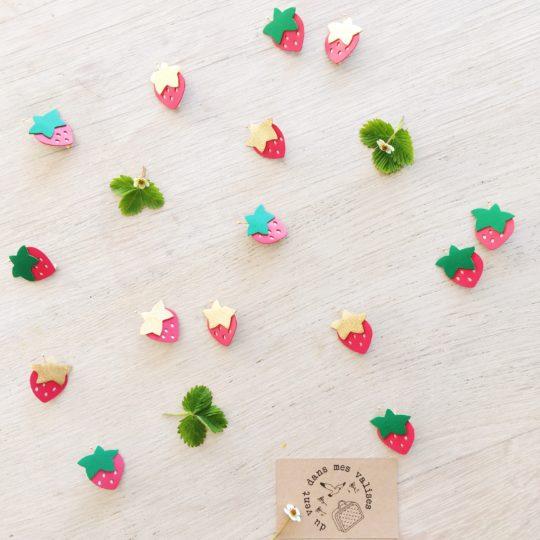 récolte de fraises broches poétiques made in france - du vent dans mes valises