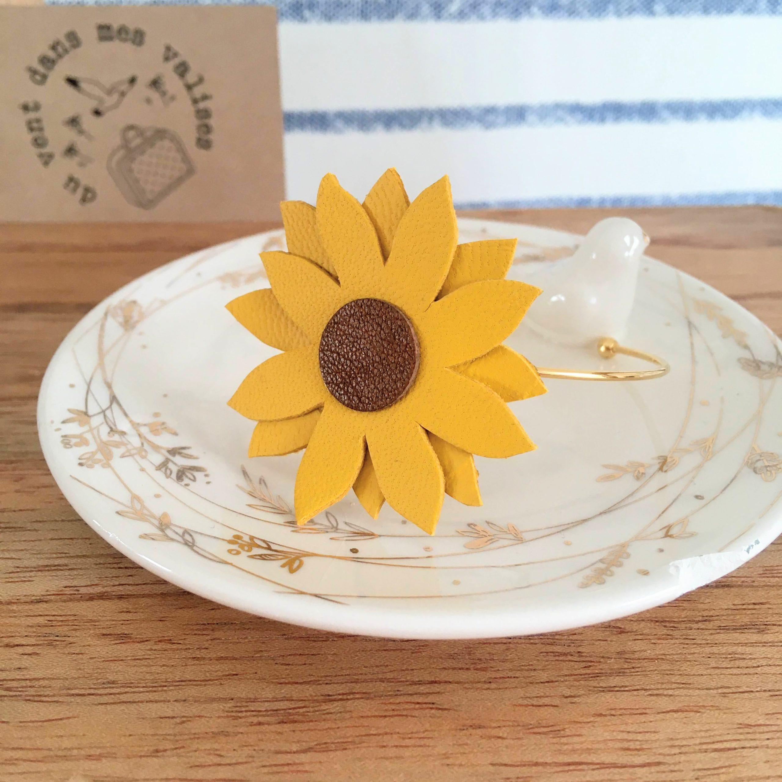 du vent dans mes valises - bracelet fleur de soleil tournesol en cuit upcycled made in France