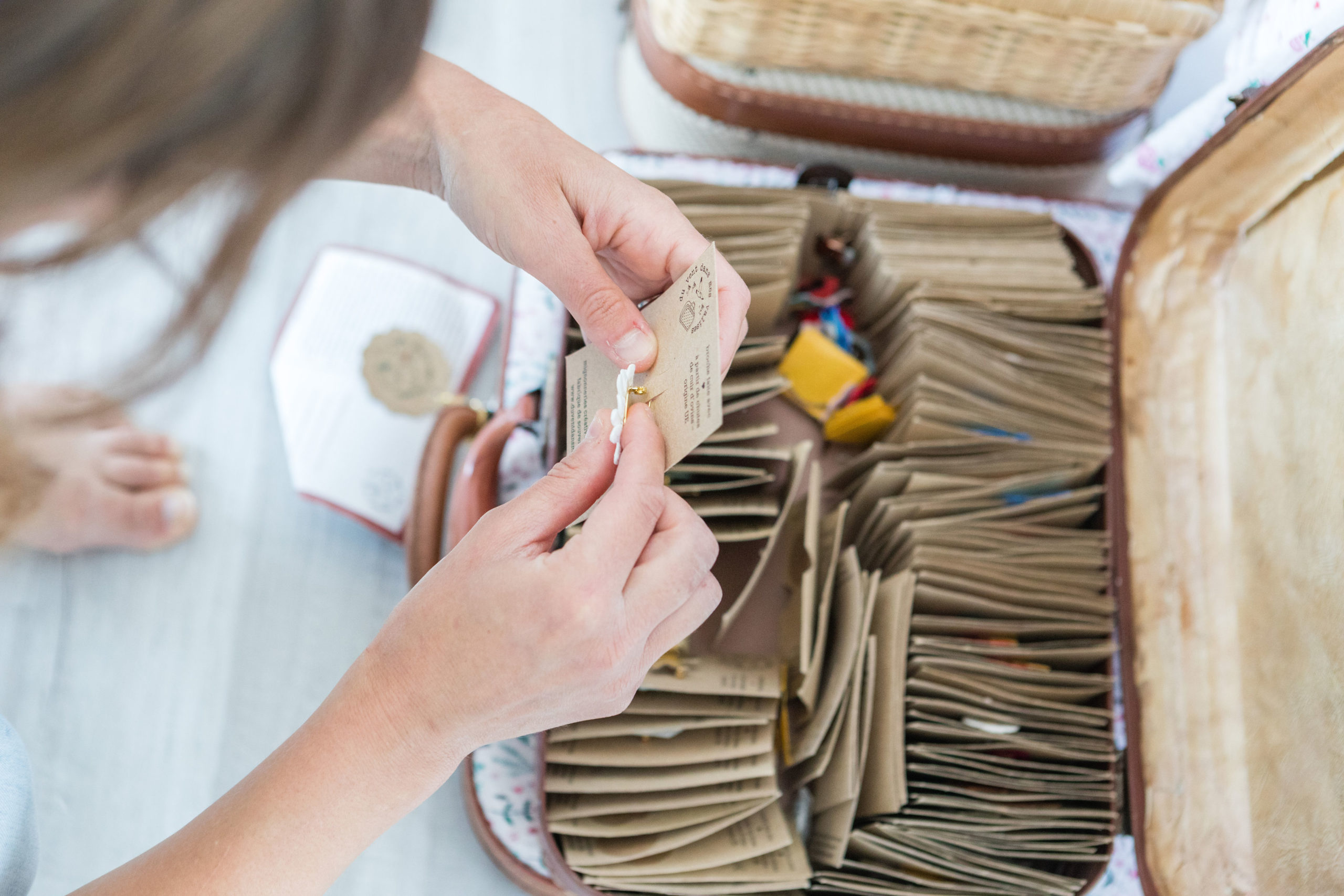 créations artisanales cadeaux souvenirs Wissant - mercerie et kits créatifs du vent dans mes valises