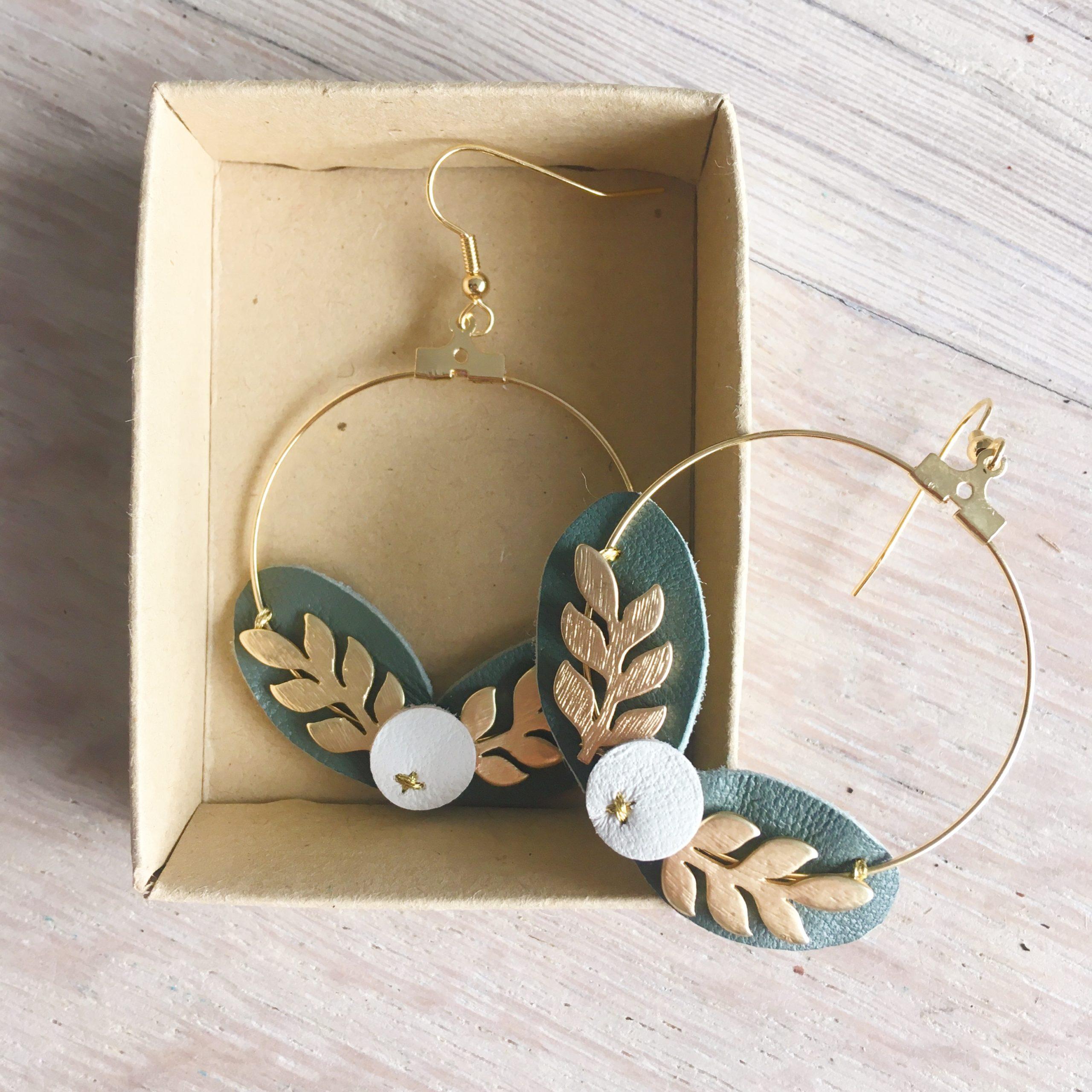 bo baies ivoire gui bijoux poétiques créoles dorées made in France couronne de feuilles et de baies cuir upcycled automne hiver