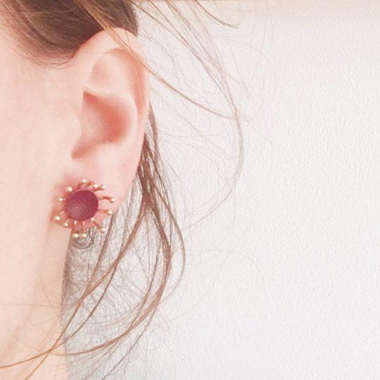 puces d'oreilles cuir bijoux poétiques fleurs du vent d'hiver - du vent dans mes valises