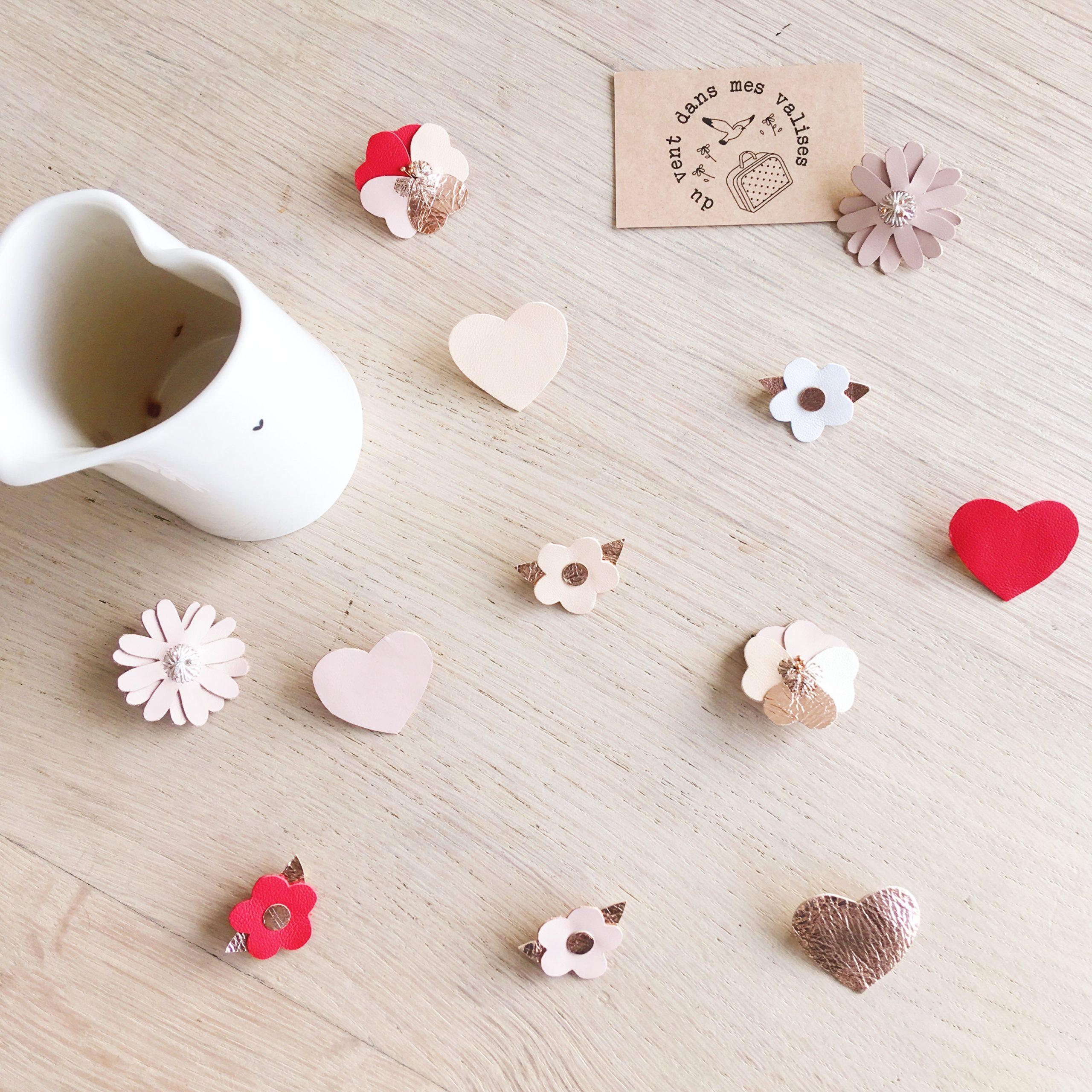 broche en cui bijou coeurs et fleurs d'amour roses peau et rouges baisers - du vent dans mes valises