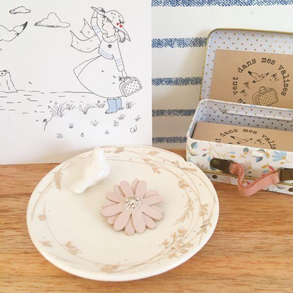 broches bijoux créateur marguerite fleur d'amour française en cuir rose - du vent dans mes valises