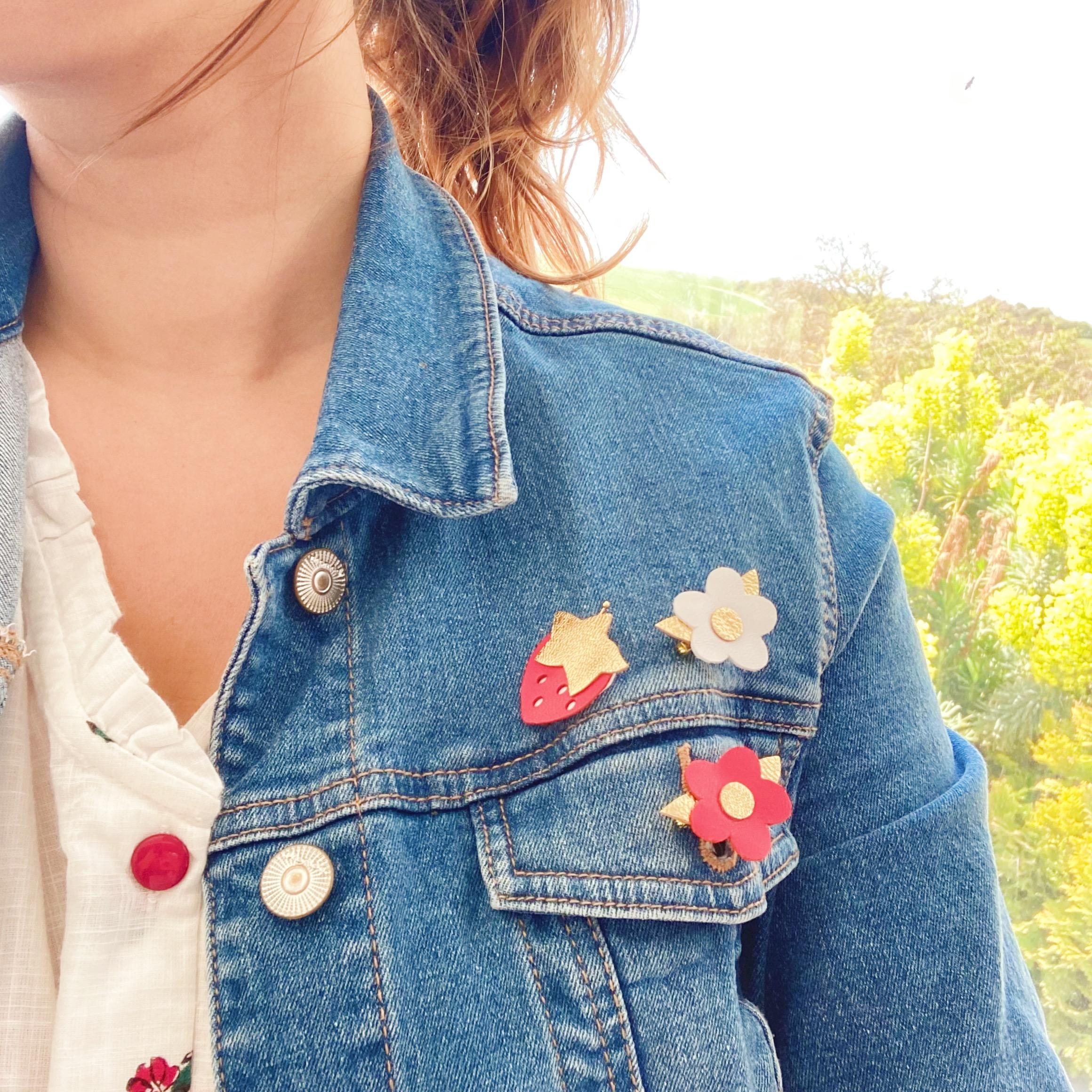 trio de broches fraises et fleurs made in france - du vent dans mes valises