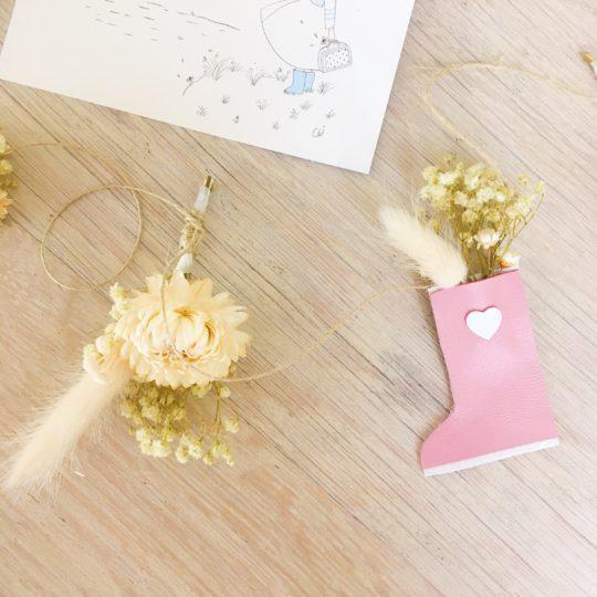 guirlande de fleurs séchées et sujets en cuir poétiques, fabriquée en France sur commande - du vent dans mes valises3