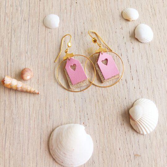 Boucles bijoux d'oreilles les petites maisons de plage en cuir made in France roses et dorées scintillantes - du vent dans mes valises