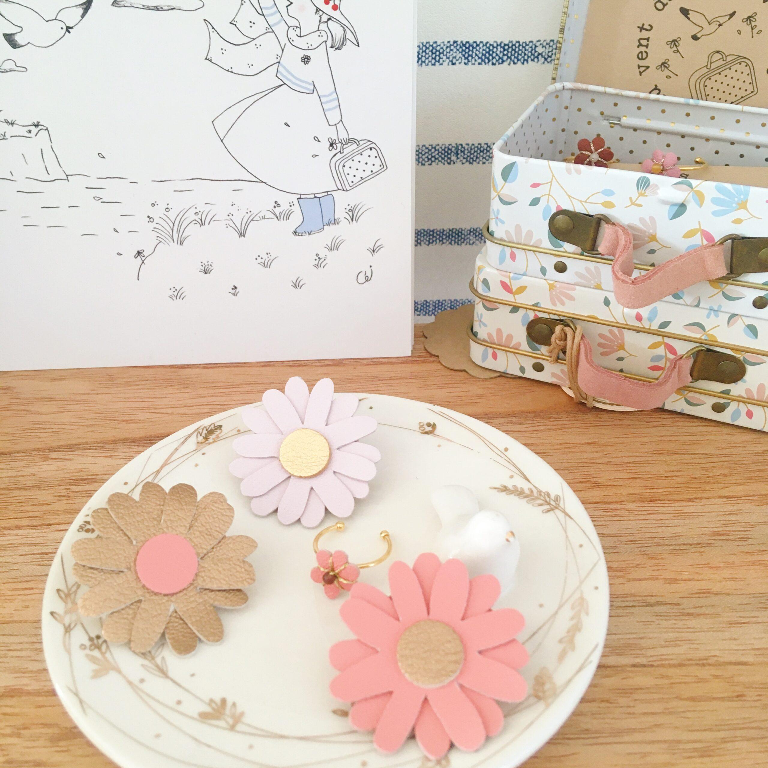 broche florale bohème chic marguerite échinacée en cuir fabrication artisanale française - du vent dans mes valises