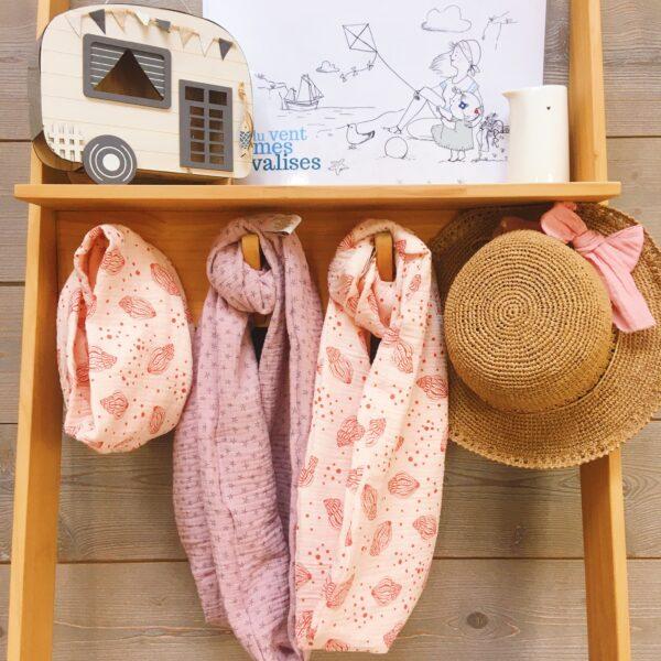 snoods femmes et filles motifs bord de mer avec imprimés coquillages et étoiles de mer, rose, saumon et terracotta - du vent dans mes valises