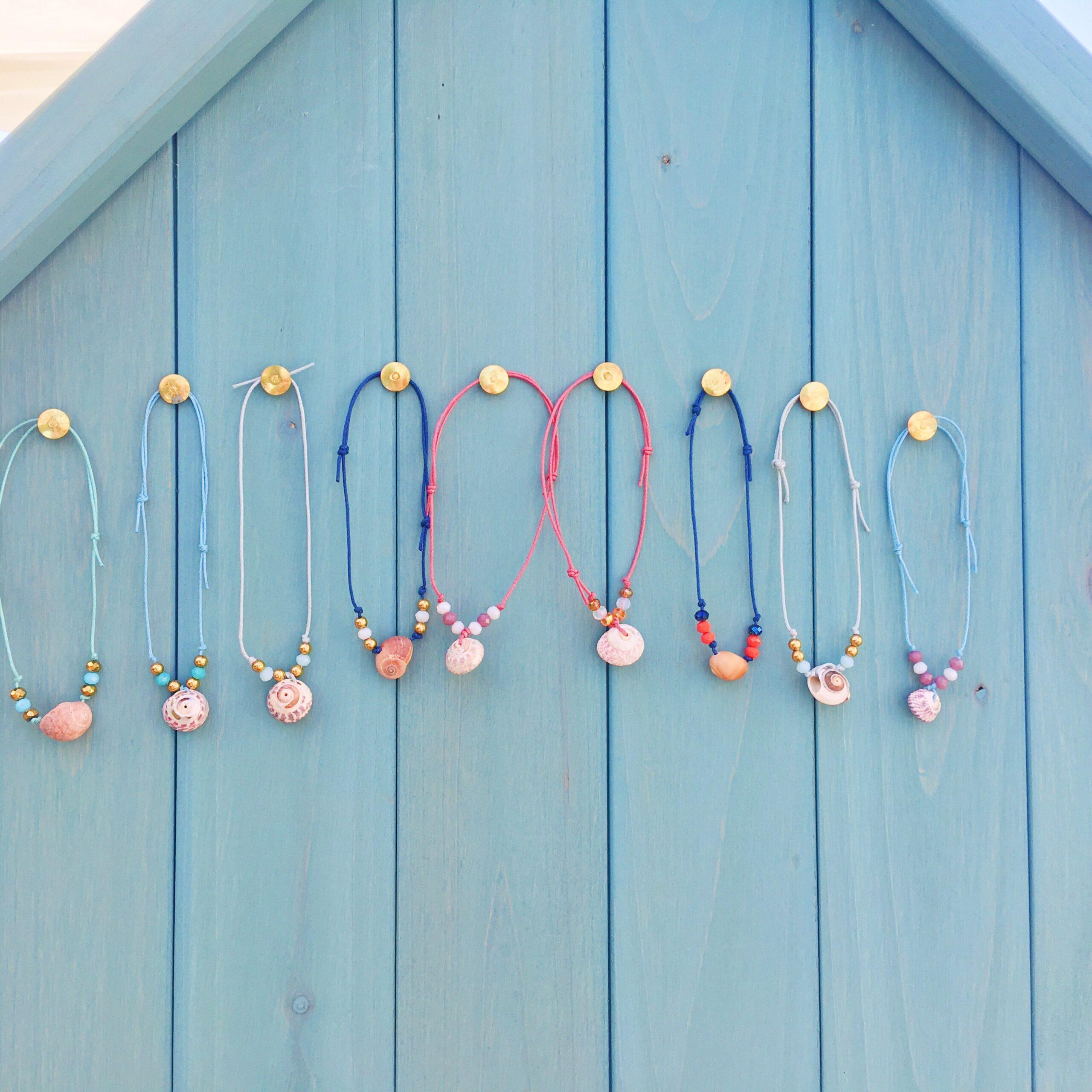 bracelet la mer veille coquillage naturel perles de verre et laiton doré - du vent dans mes valises