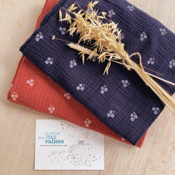 echarpes-snoods-femmes-et-filles-fabriquees-artisanalement-en-France-en-double-gaze-de-coton-collection-fleurs-des-champs-cuivrees - du vent dans mes valises