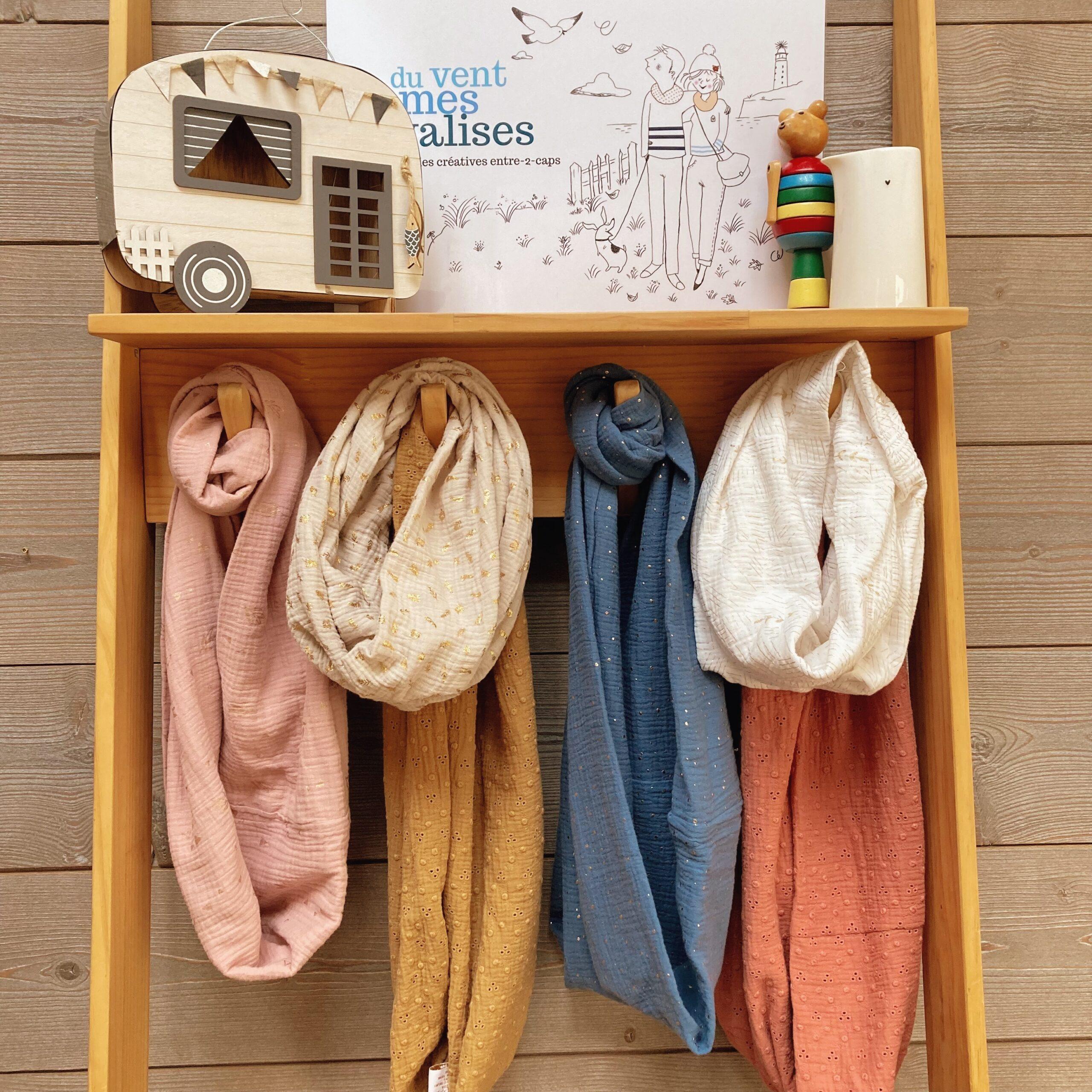 echarpes-snoods-femmes-et-filles-fabriquees-en-France-en-double-gaze-de-coton-collection-moissons-dorees-du-vent-dans-mes-valises