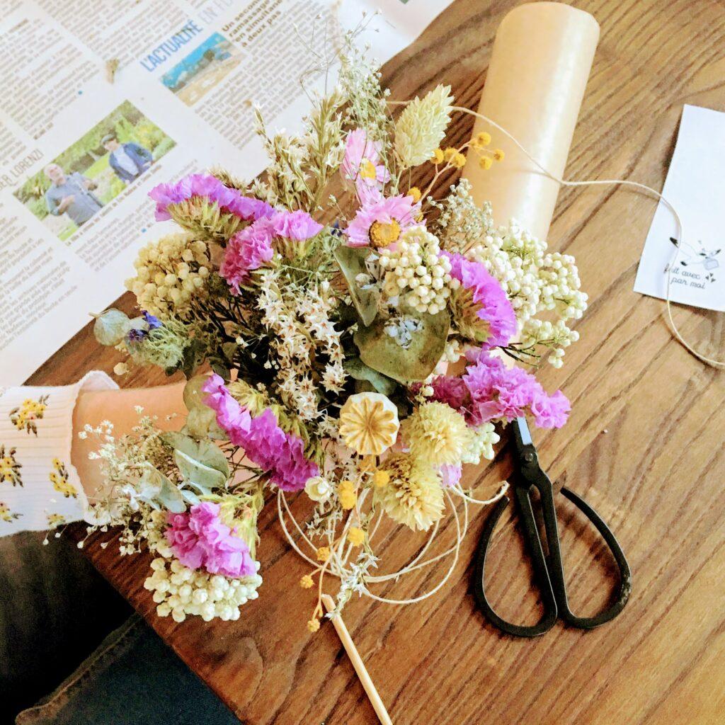 ateliers créatifs poétiques autour des fleurs séchées dans le Pas de Calais entre Boulogne, Wimereux, Le Touquet, Hardelot près de Wissant - du vent dans mes valises