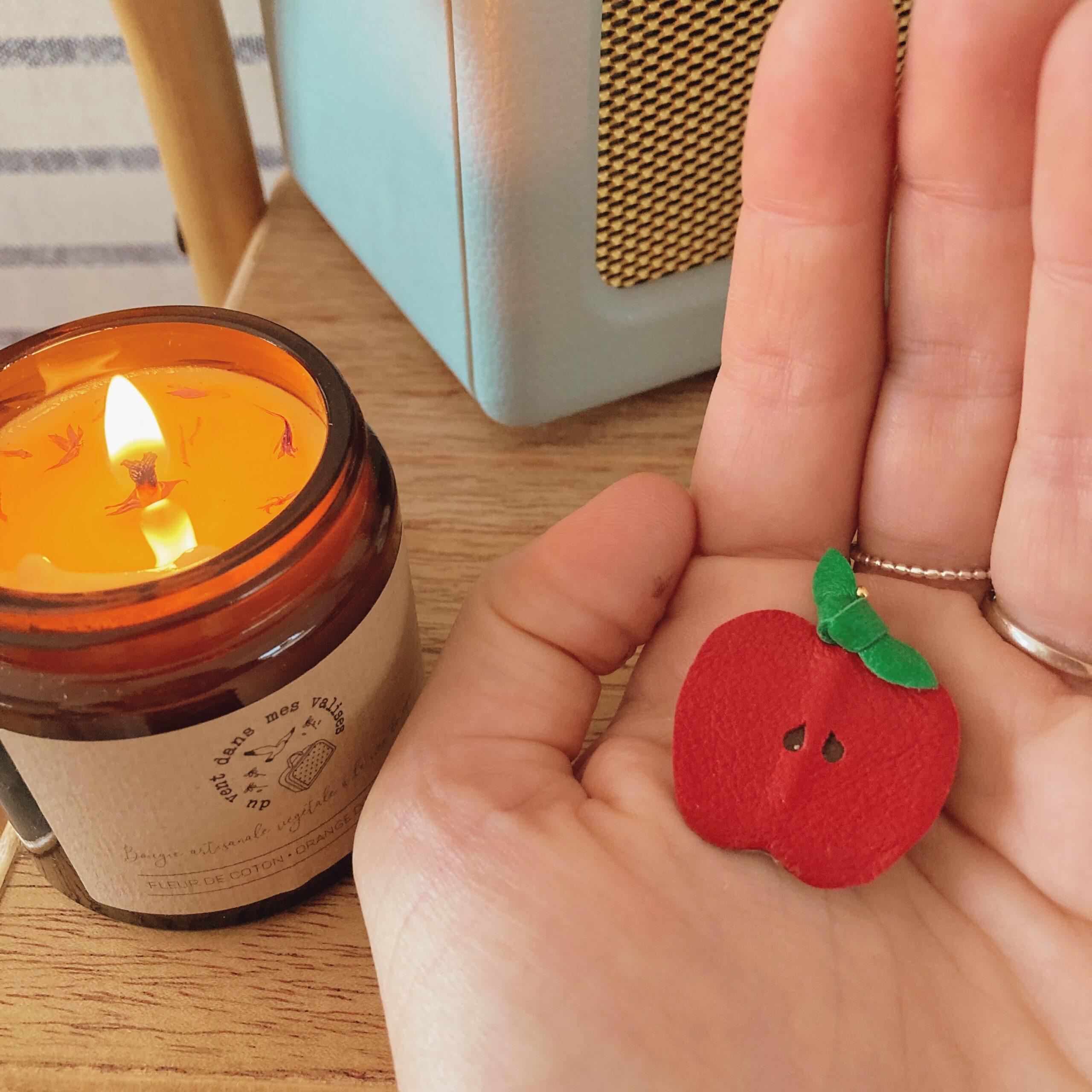 broche-pomme-rouge-a-croquer-fabrication-artisanale-francaise-du-vent-dans-mes-valises