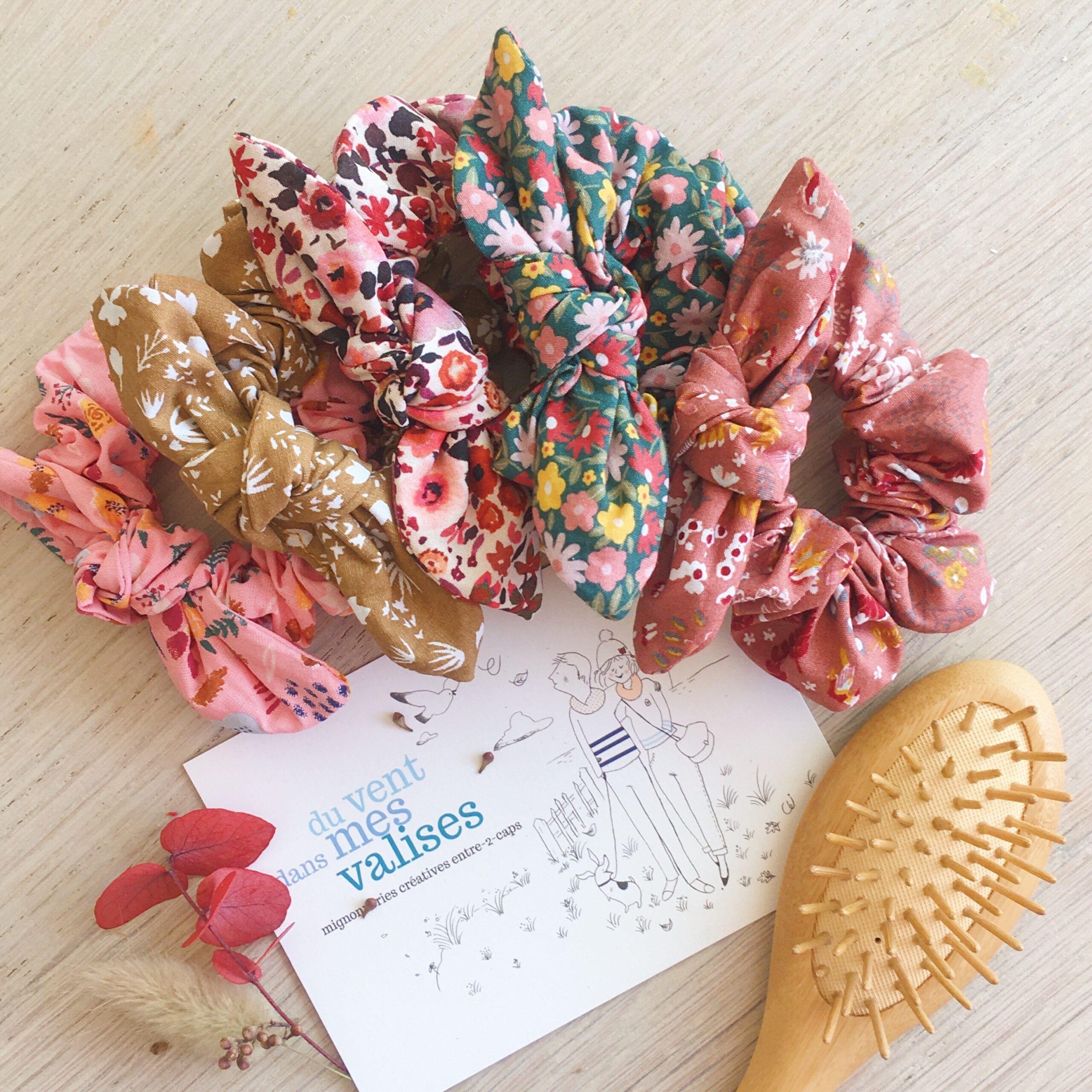 chouchou cheveux chic pour femme et fille fabriqué en France dans des cotons imprimés fleuris aux couleurs d'automne - du vent dans mes valises