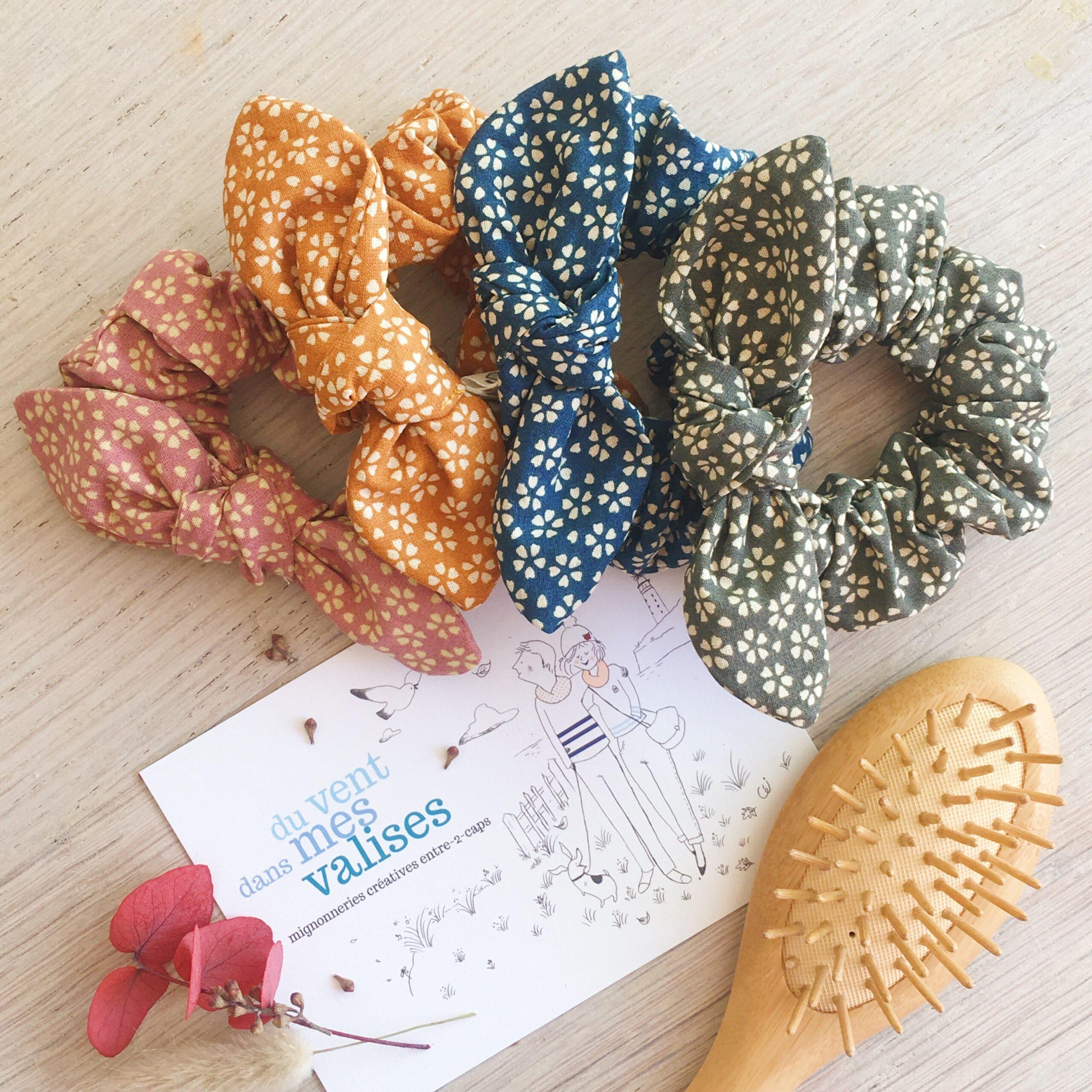 chouchous cheveux femmes filles made in France fabrication artisanale en tissu coton avec noeud amovible fleurettes myosotis