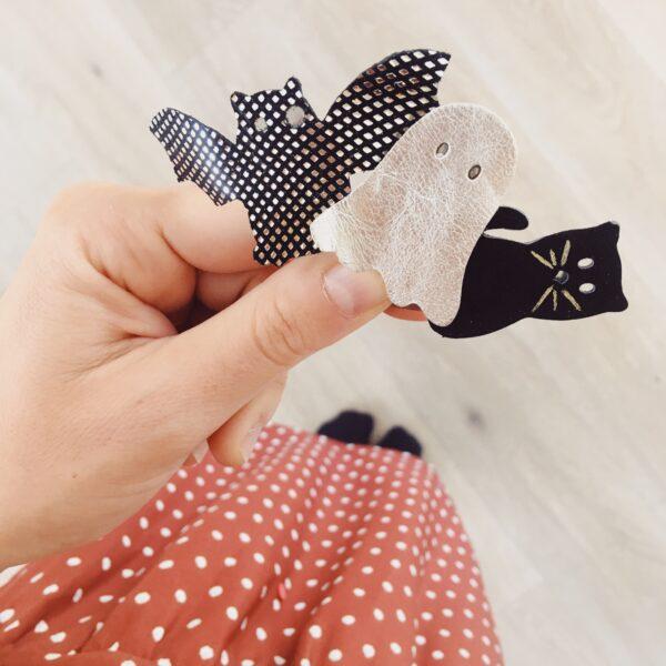 barrette-cheveux-fille-accessoires-de-coiffure-pour-Halloween-mignonne-adorable-fantome-chauve-souris-chat-noir-made-in-France-en-cuir-decoupe-main-du-vent-dans-mes-valises