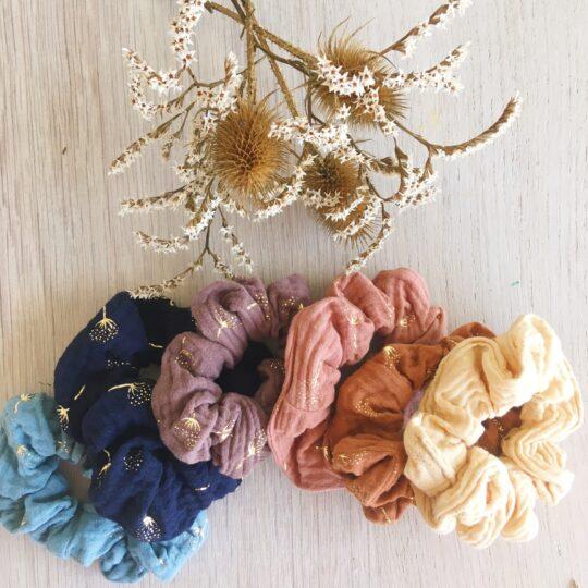 chouchous cheveux pour femme et fille confection française en double de gaze de coton motifs chardons dorés - du vent dans mes valises